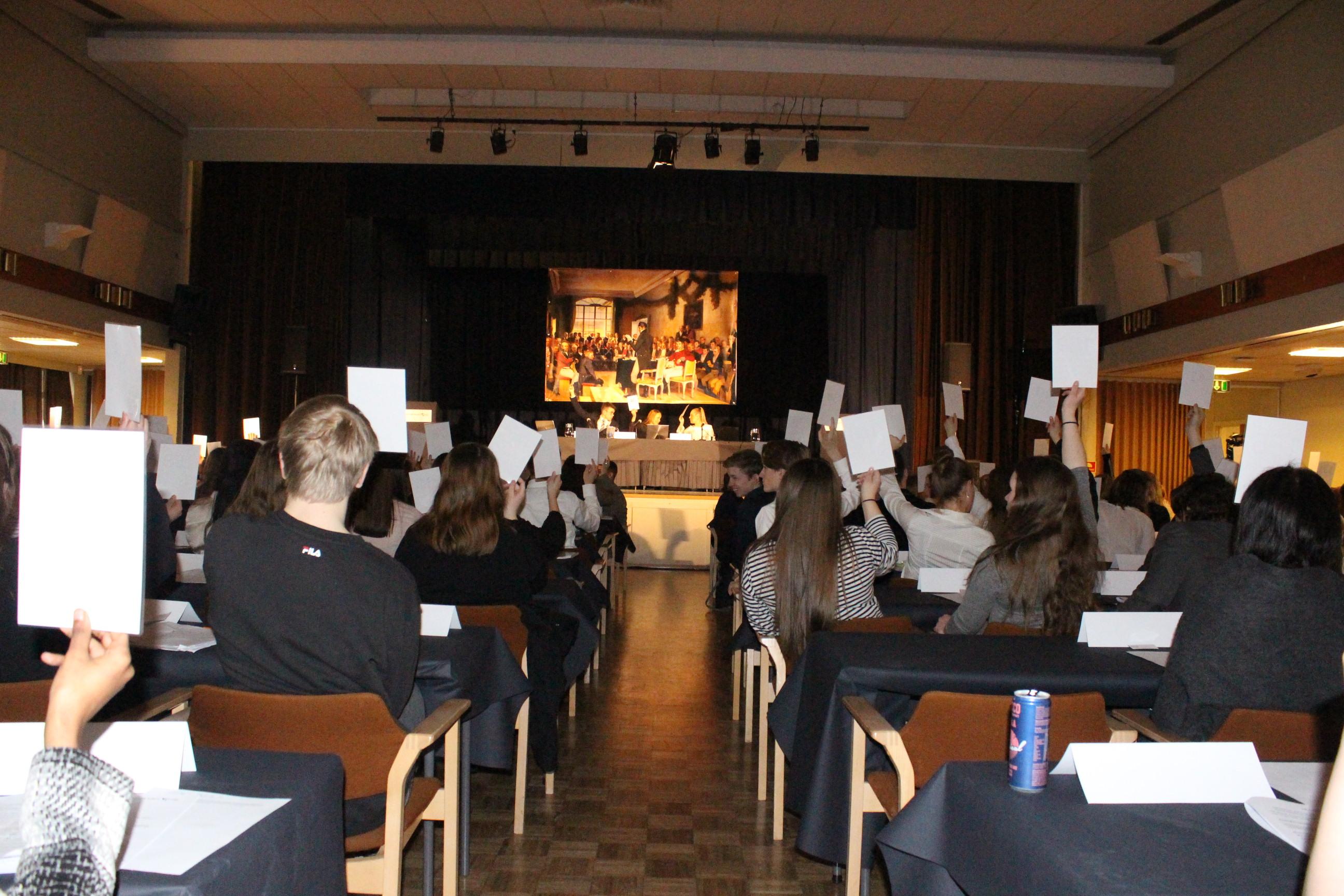 Resultatet av dagens første runde av plenumsdebatt og votering